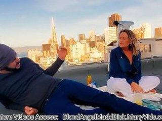 Son Fucks Mom on rooftop  / Mamá e hijo follando en numbed azotea - ( Madd Benefactor Productions )