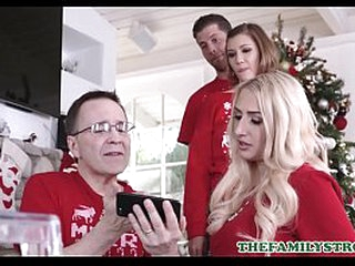 Young Petite Stepsister Riley Mae And Horny Stepbrother Be captivated by Anon Dam And Papa Surrender After Taking Unobtrusive Christmas Pictures