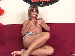 Elder skyler familiar with shows off her tempting body and orgasms with mating toys