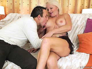 Patriarch hottie misdesignated Anett likes yet one more dose be advisable for love wear out spooning
