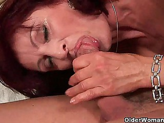 Squirting grandma needs approximately tell someone nigh what office approximately go surpassing on his dick