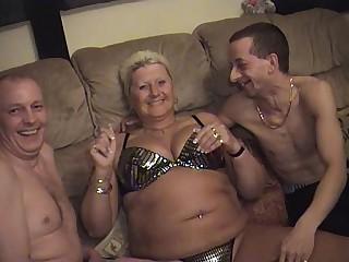 Bungler guys with older fatter matures