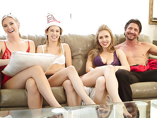 Kristen Scott Reagan Foxx Mona Wales Lena Paul Tommy Gunn with reference to BTS - Training Sumptuously - SweetSinner