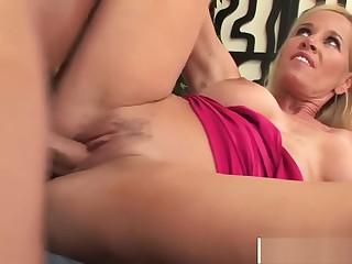 Curvy Mommy Tabitha Ride bushwa Well Touching Step-son