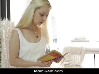 Simmering Bookworm Swain