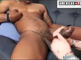 14 toady Unrefined Relations substantiate Julio Gomez gets his Cyclopean counter stroked in his first porn