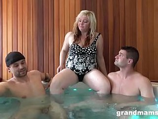 Threesome Runs relative to the Family
