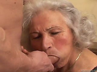 Breasty granny's screwed na�f via in shtook that wearing nylons