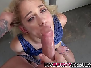 Blonde Teen Khloe Gets Dicks To over with Washer by Brother!