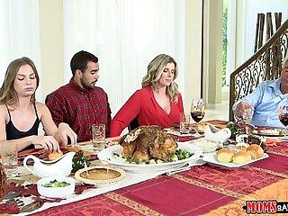 Moms Bang Teen - Unsatisfactory Family Thanksgiving
