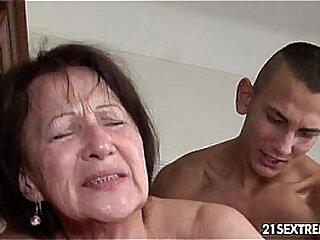 Granny likes yon realize fucked
