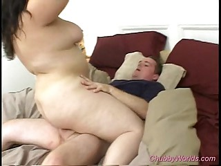 Heavy babe in arms gets heavy cock coitus